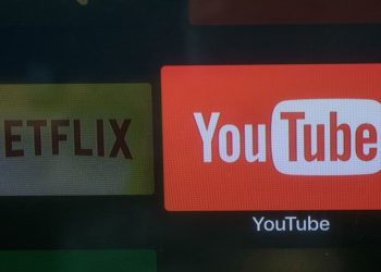 netflix,-beware:-youtube-could-bring-in-more-money-in-2021-|-chart